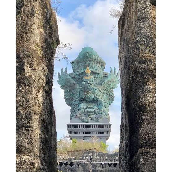 Patung GWK Bali - Tingginya Mengalahkan Patung Liberty | Kuta Rent ...